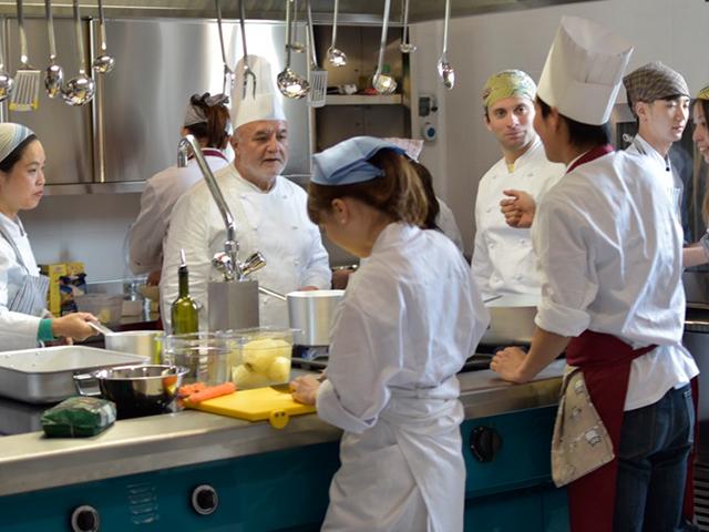 【日本のイタリア料理界第一人者 カルミネ氏プロデュース】 自然の恵みを五感で愉しむ料理アカデミー